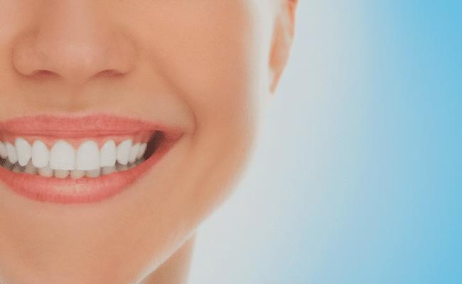 La compra de irrigadores dentales es una decisión bastante acertada si deseas mejorar la calidad de tu salud bucal, pero debes escogerlo bien.