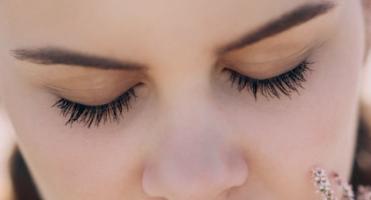 cuidar contorno ojos